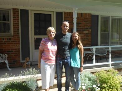 01 - Dan, Kirsten, & Carole In Ann Arbor (2016-06-19)